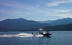 Boating on Priest Lake near Elkins Resort