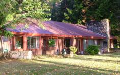 Cabin at Elkins Resort of Priest Lake