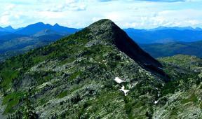 Mountains surrounding Priest Lake near Elkins Resort