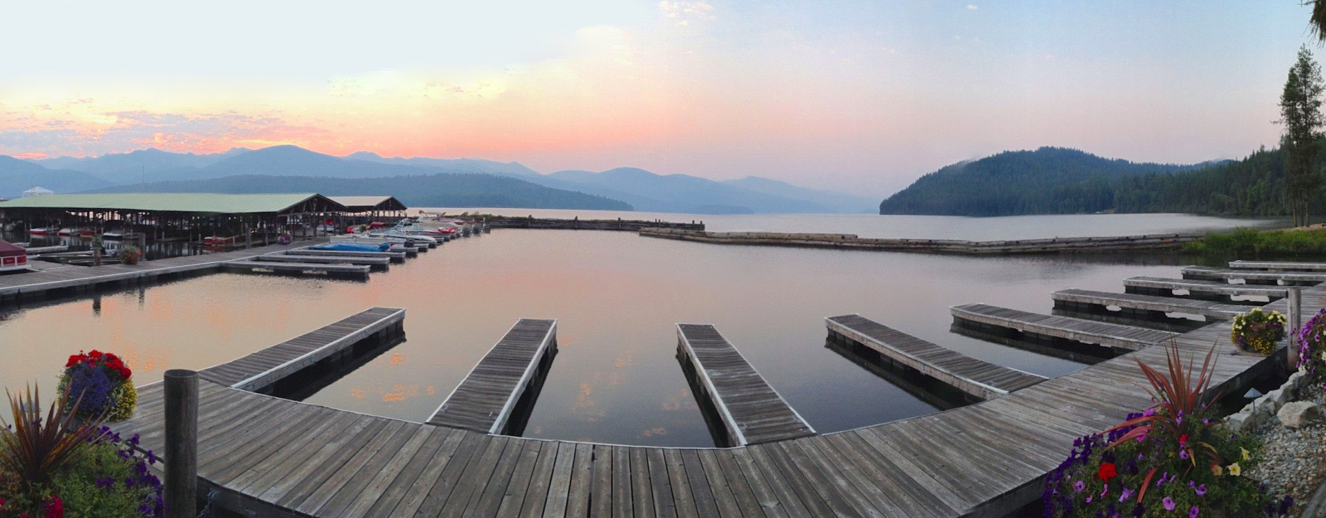 Elkins Resort nestled on Priest Lake